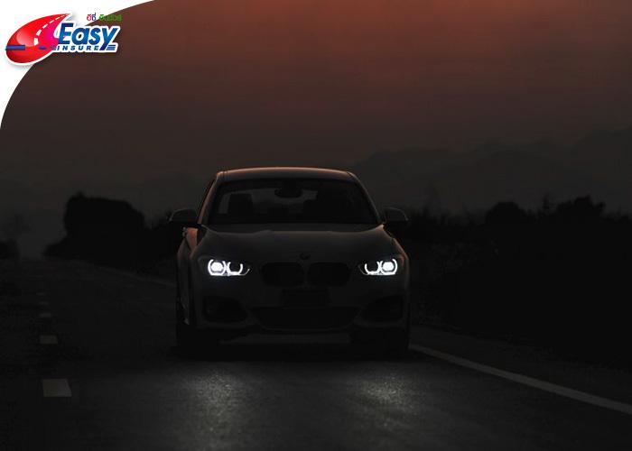 ขับรถตอนกลางคืน