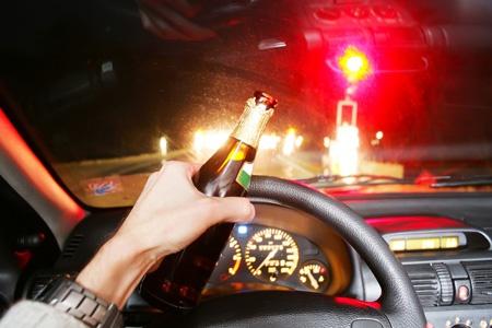 รู้ทันแอลกอฮอล์ ดื่มแค่ไหนไม่ควรขับ