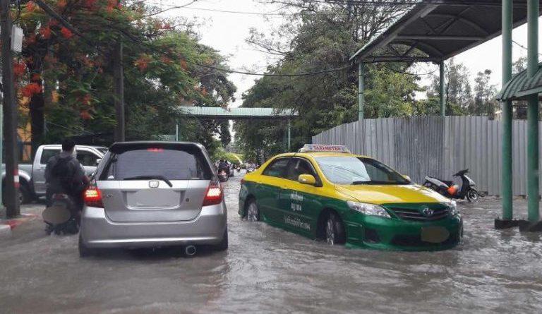 4 เคล็ดลับ เช็ครถยนต์หลังลุยน้ำ