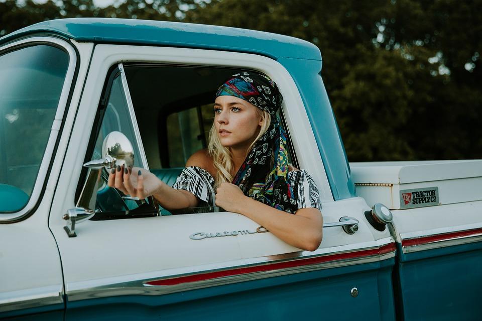 4 เหตุผลที่ผู้หญิงขับรถดีกว่าที่คุณคิด